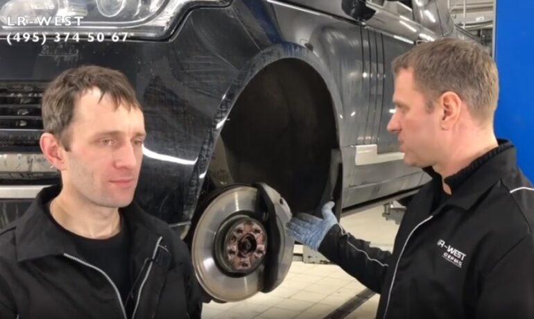 Замена передних тормозных колодок своими руками - Range Rover