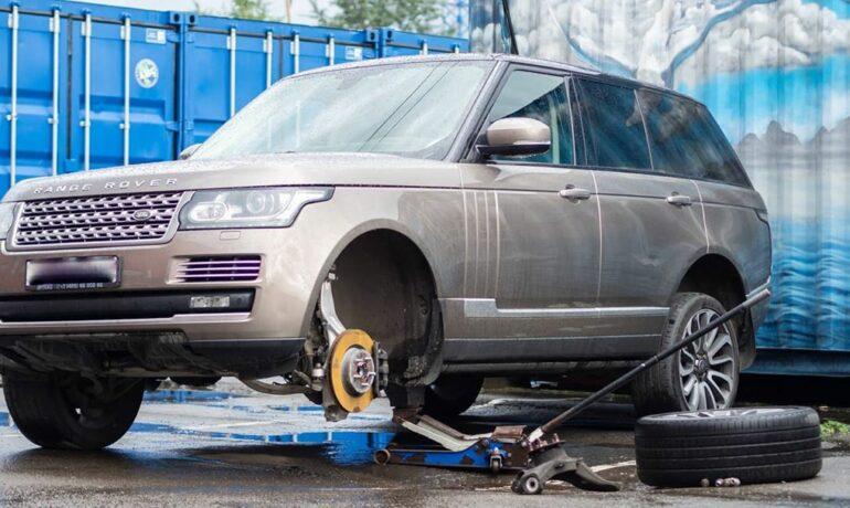Лопнувший кулак на Range Rover L405
