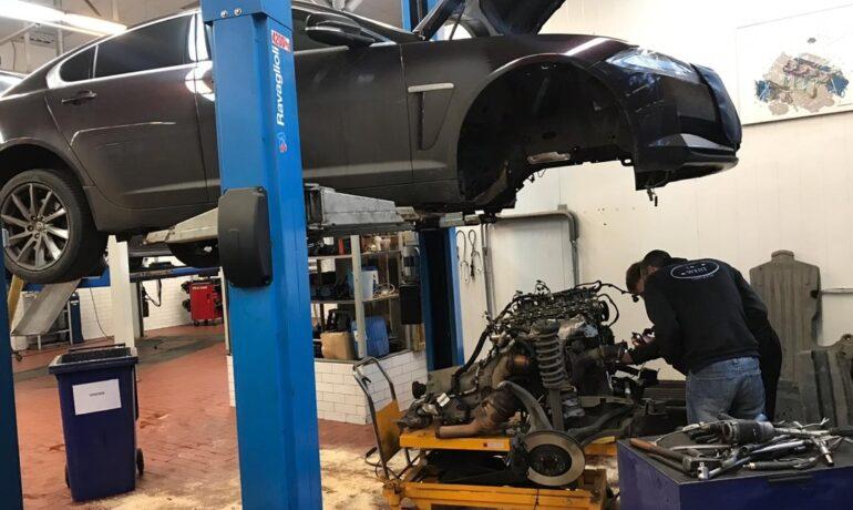 Jaguar XF 2.0 GTDI замена муфт VCT