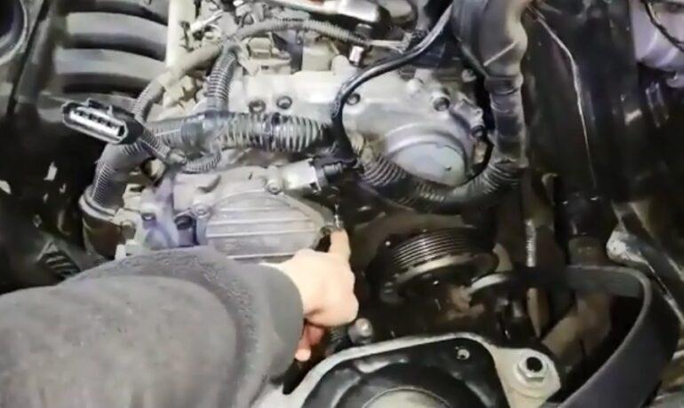Замена приводного ремня на Freelander 2 с бензиновым 3.2 | Часть 1 из 2