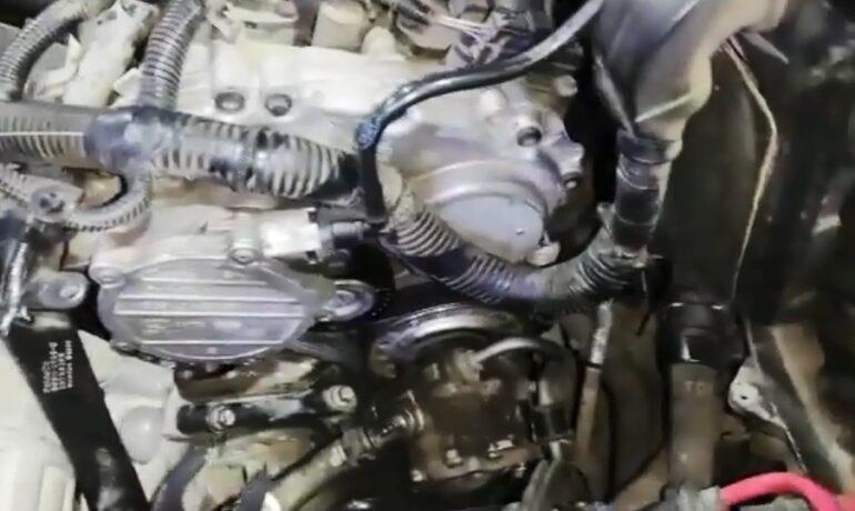 Замена приводного ремня на Freelander 2 с бензиновым 3.2 | Часть 2 из 2