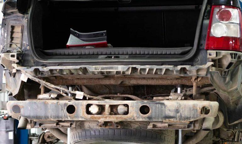 Нужно ли демонтировать кузов от рамы для ремонта заднего активного стабилизатора?